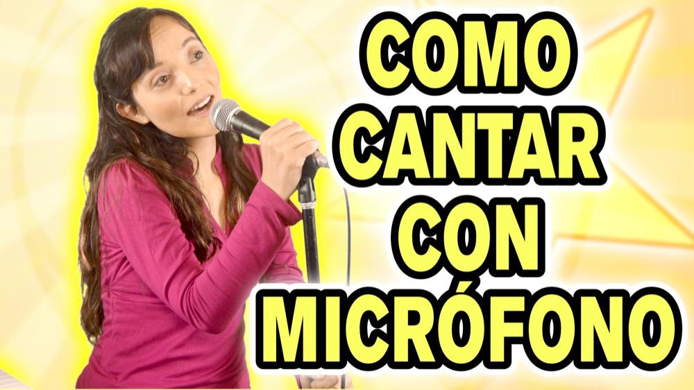 Como cantar con micrófono