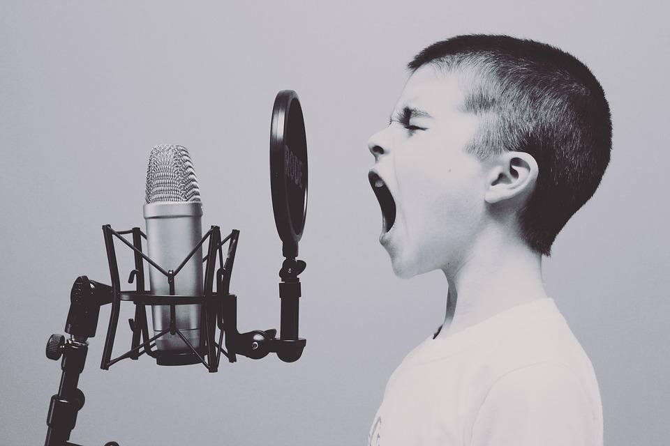 ¿Se puede aprender a cantar a cualquier edad? ¿Hasta que edad se puede estudiar canto? ¿a que edad se puede aprender a cantar? ¿Se puede aprender a cantar de adulto?