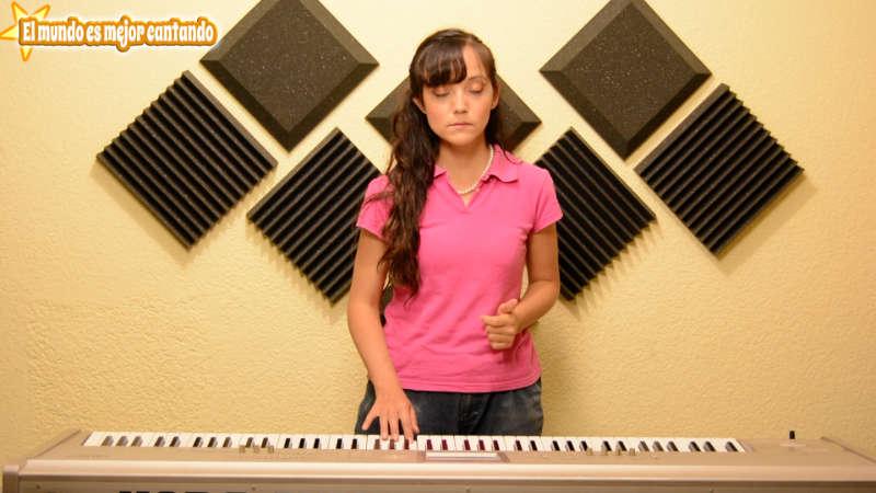 como afinar la voz, clases de canto