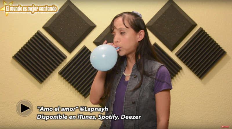como cantar sin forzar la garganta